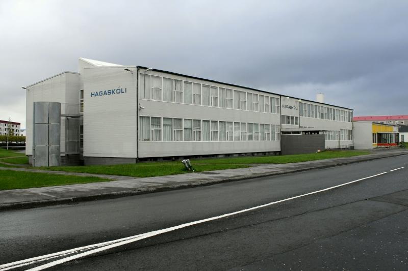Mynd af Hagaskóla í Reykjavík